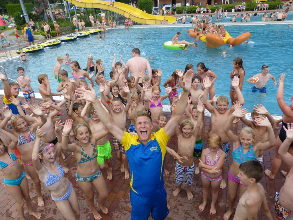 2015-07-06 Sparkassen-Poolparty_2