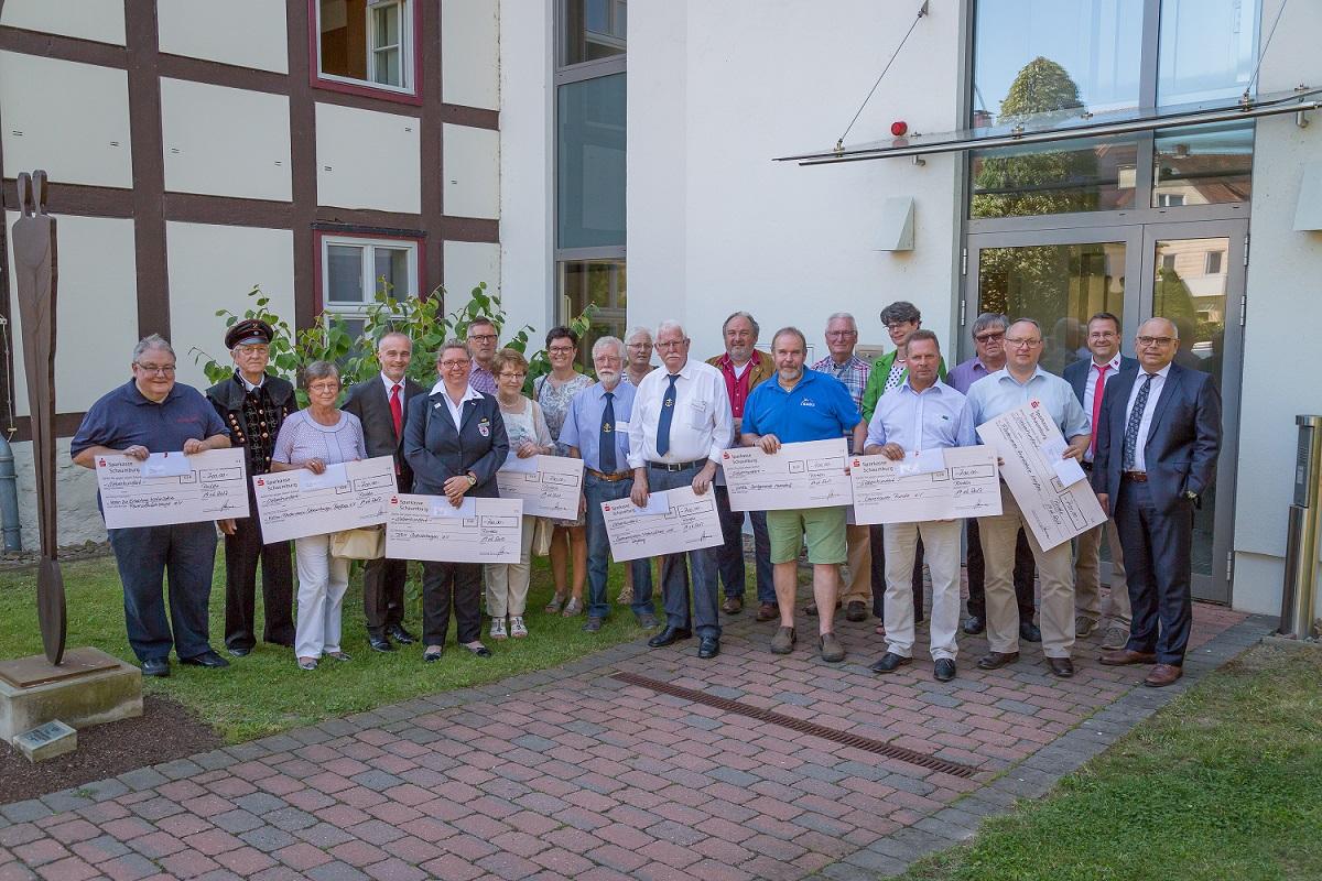 2017-06-22 Spendenuebergabe 200 Jahre Spk