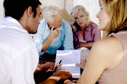 42-23827578-444x295 - Verträge mit Angehörigen bringen finanzielle Vorteile