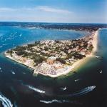 Poole Brittania a