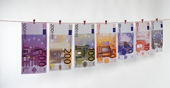 Geldscheine auf Leine